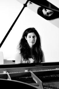 Nina Maghsoodloo - pianiste